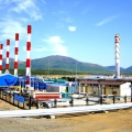 Construction of facilities for a liquid natural gas plant and an oil export terminal as part of Sakhalin-2 project